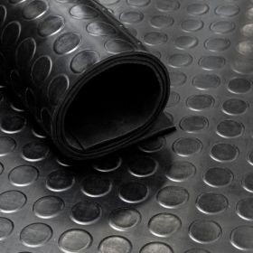 Rubber loper / rubbermat op rol van 10 m2 Noppen 4mm